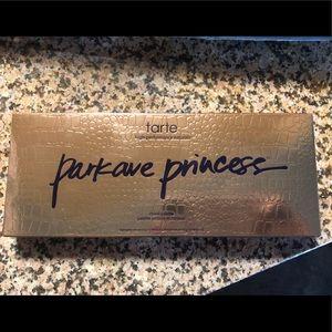 Tarte Parkave Princess contouring palette.